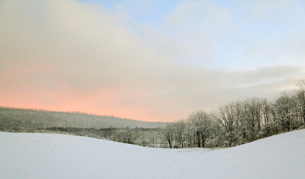 Sunrise in the countryside, central Pennsylvania (Linden Hall, Centre County)